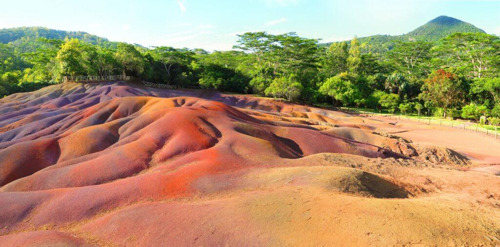 Chamarel 7 Coloured Earth
