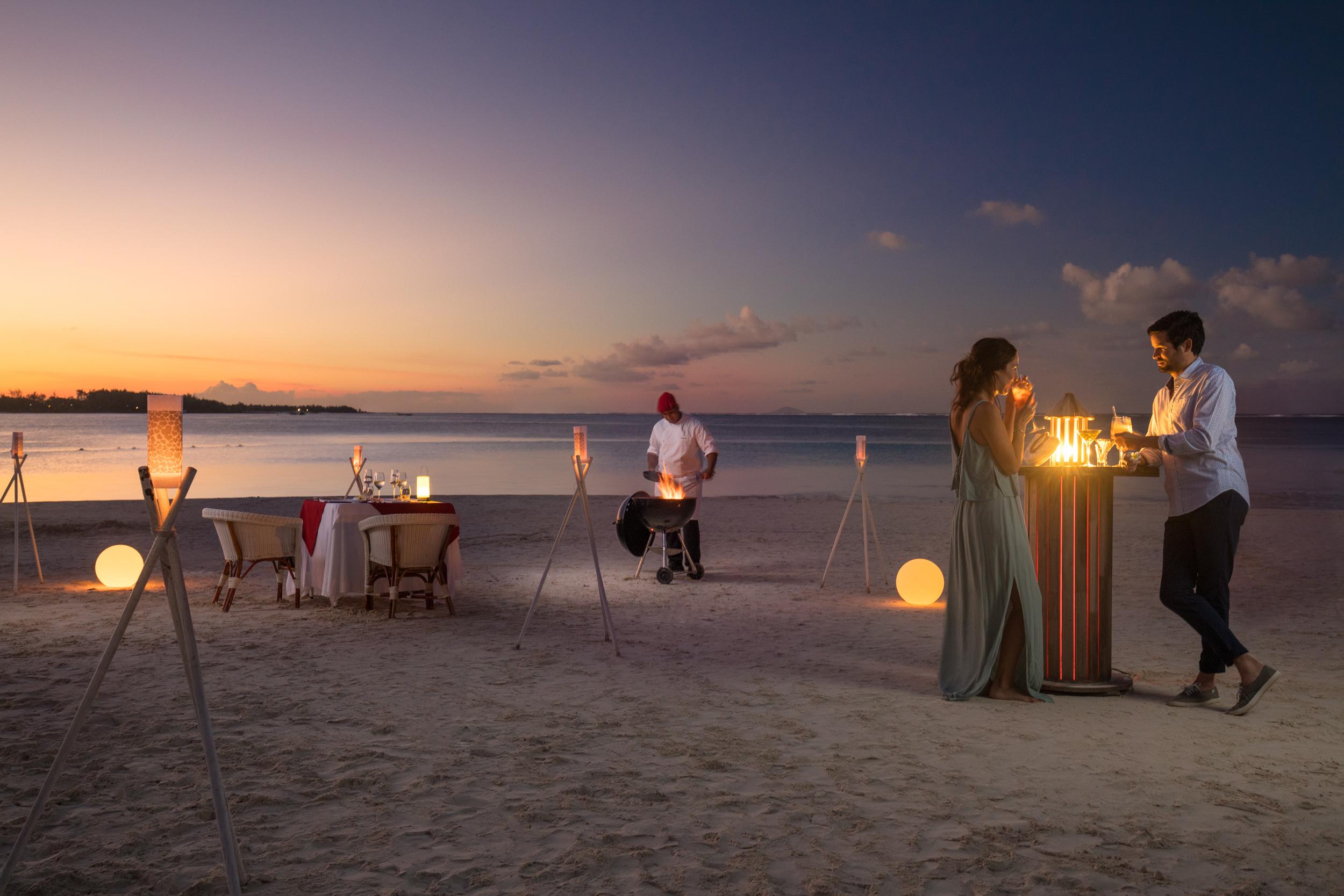 dinner_at_sunset
